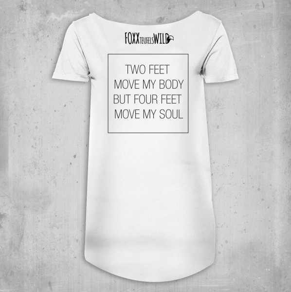 Loose - four feet
